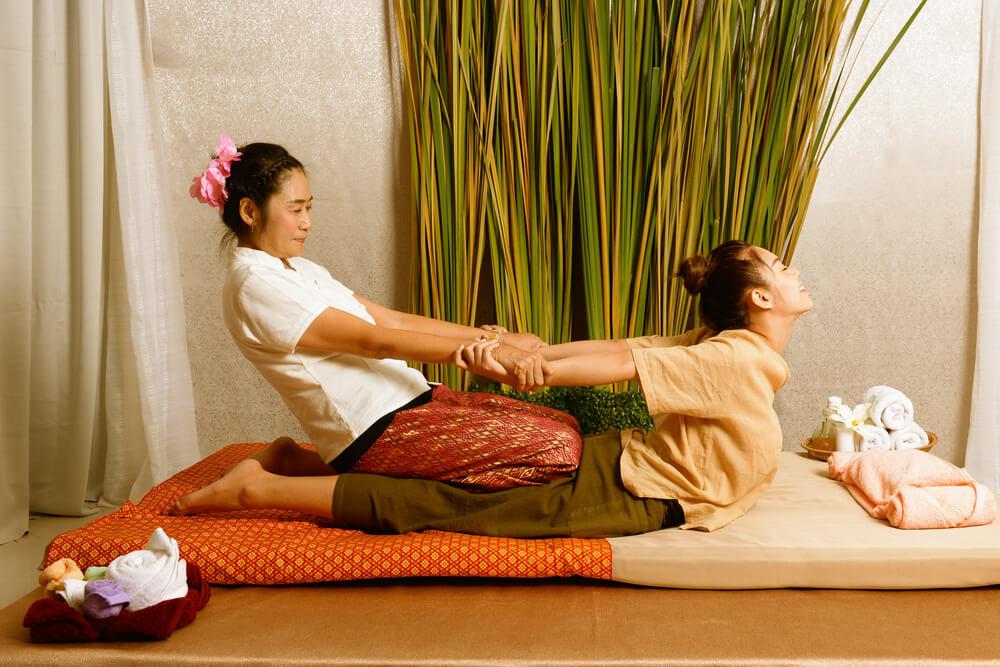 în cadrul masajului thailandez este masat întregul corp